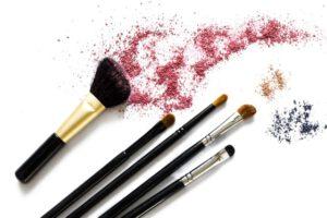 Wie reinigt ihr die Make-up Pinsel?